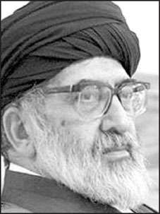 اکنون باید دید که در دوران حکومت یکساله محمد مرسی و به نام اخوان، خطاهای نابخشودنی و انحراف از خطمشی اصولی اخوان چگونه بود. میدانیم که پس از هشتاد سال مبارزه و زندان و تبعید و اعدام، سرانجام اخوانالمسلمین برای اداره امور کشور و ایجاد یک جمهوری اسلامی واقعی، بر سر کار آمدند، ولی متأسفانه در عمل روشن شد که آمادگی این کار را نداشتند و دچار عوارضی شدند که هرگز انتظار نمیرفت… اشتباهات و خطاهای نابخشودنی آقای دکتر محمد مرسی، تنها رئیسجمهوری منتخب مردم در مصر، یکی دو […]